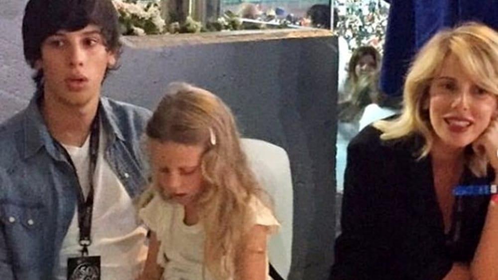 """Alessia Marcuzzi a Domenica In si commuove per i figli: """"Li amo ..."""