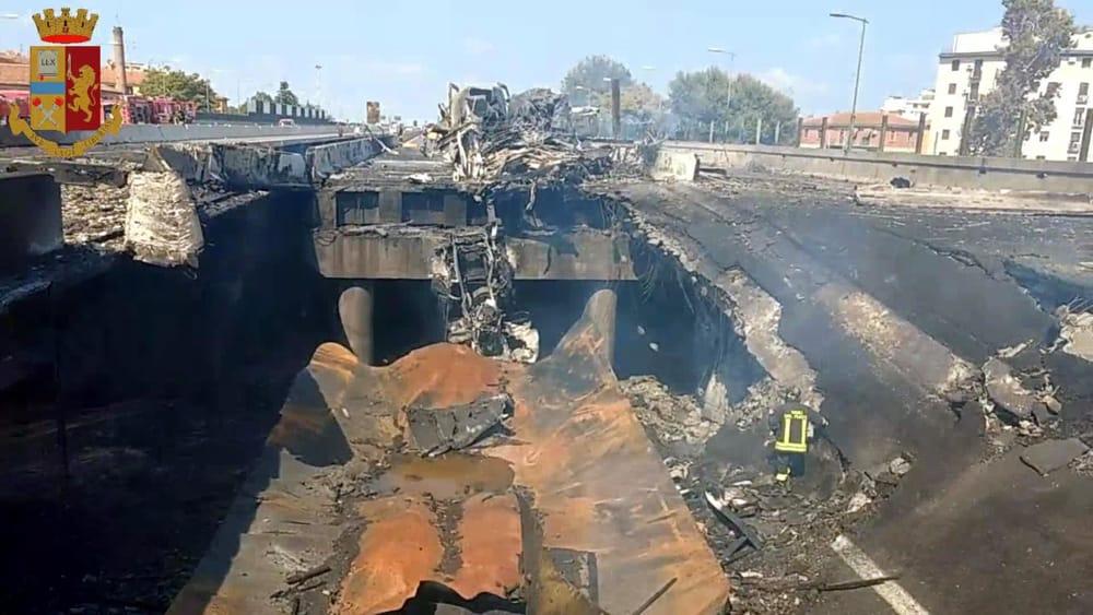 Elicottero Bologna Oggi : Esplosione a bologna che cosa è successo incidente