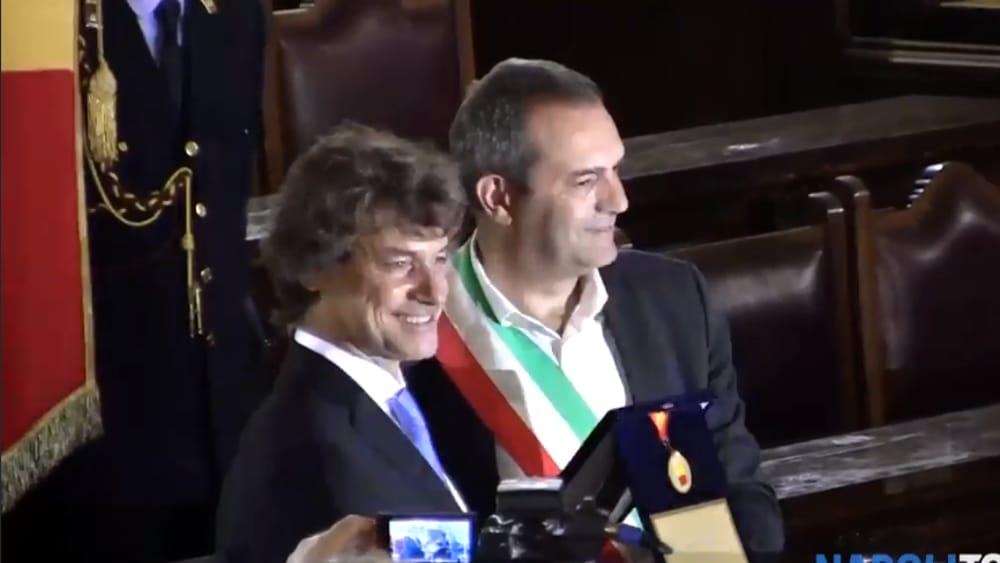 Matrimonio Romano Alberto Angela : Alberto angela cittadino onorario quot napoli è una città che