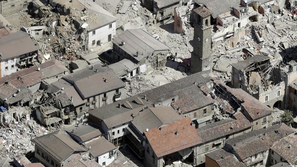 Nuova forte scossa di terremoto oggi 25 agosto 2016: www.today.it/cronaca/terremoto-italia-oggi-25-agosto-2016.html