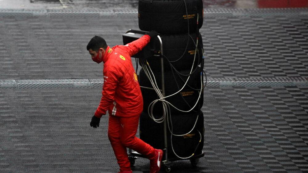 F1 Oggi In Tv Orari Gp Nurburgring Dove Vedere Tutto In Diretta In Chiaro Sky E Tv8