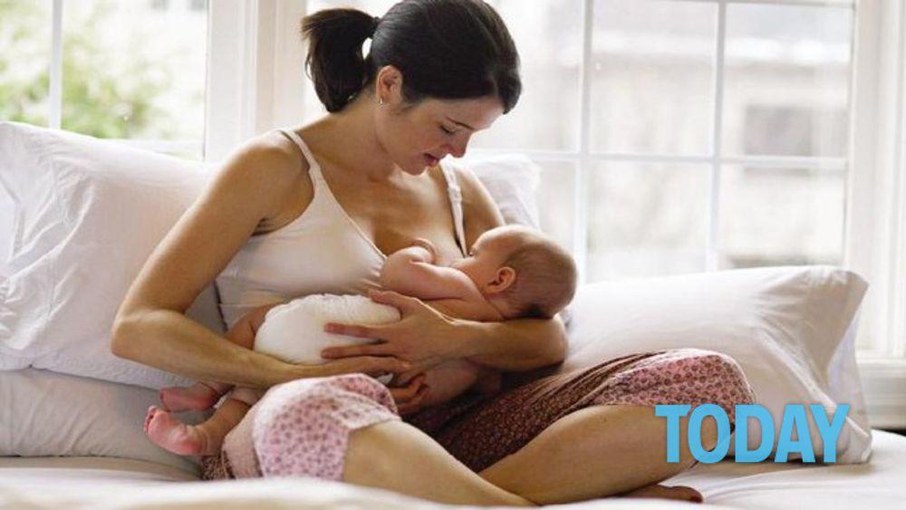 Facebook e Instagram: divieto foto allattamento