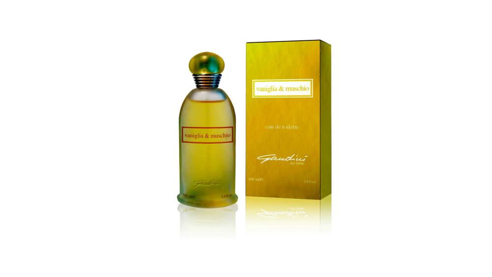 Un liquore dal profumo inconfondibile, dolce ed elegante