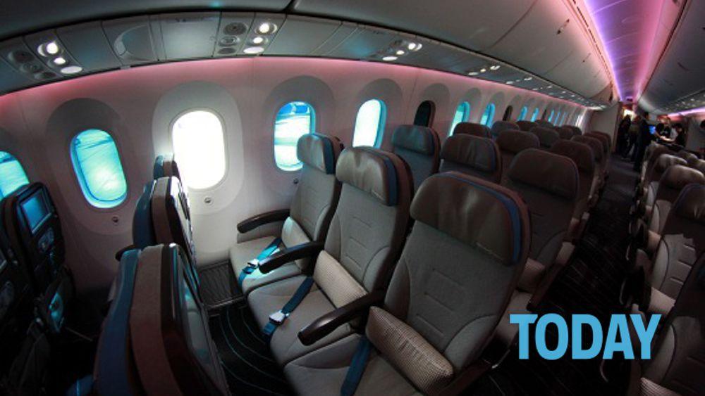 Il posto più sporco all'interno di un aereo? Non è la toilette