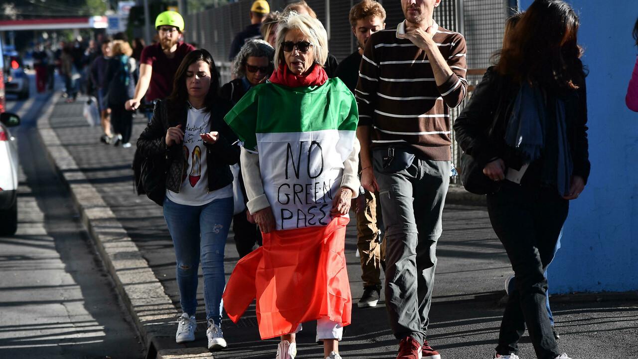 Contro il Green Pass, sciopero generale in tutta Italia