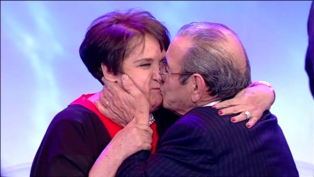 Uomini e donne carmine e anna colpo di fulmine bacio - Diva e donne gossip ...