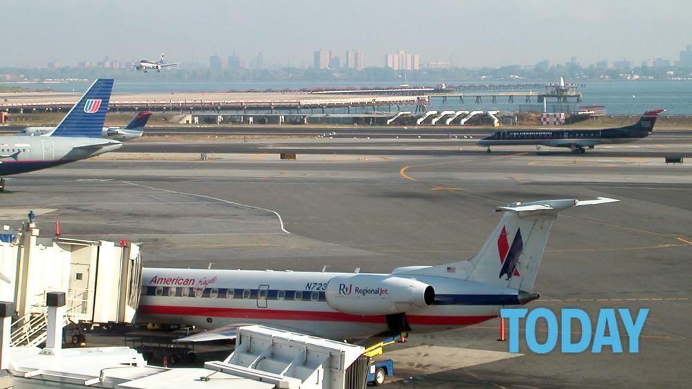 Aeroporto New York La Guardia : Allarme attentati evacuato aeroporto new york