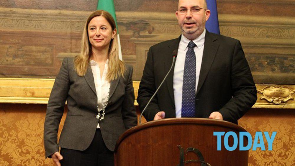 I deputati grillini guadagneranno 13mila euro al mese for Camera dei deputati rassegna