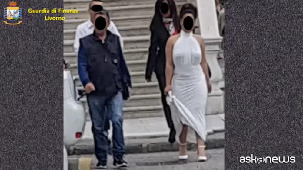 A Livorno nozze combinate per permesso di soggiorno, 56 ...