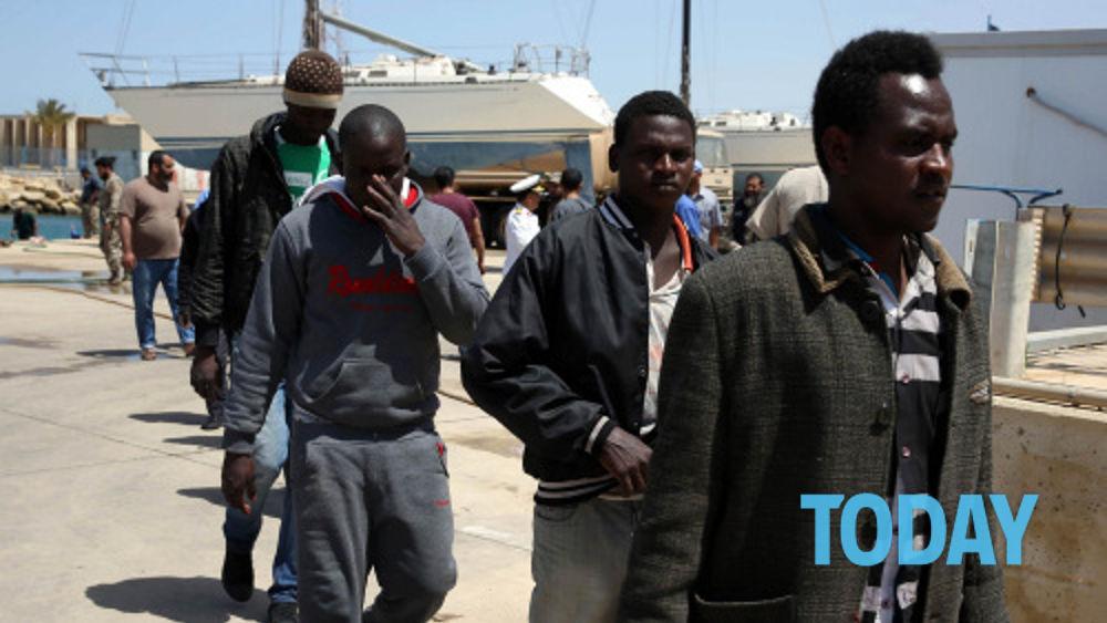 Sindaco leghista impone tassa di soggiorno ai migranti