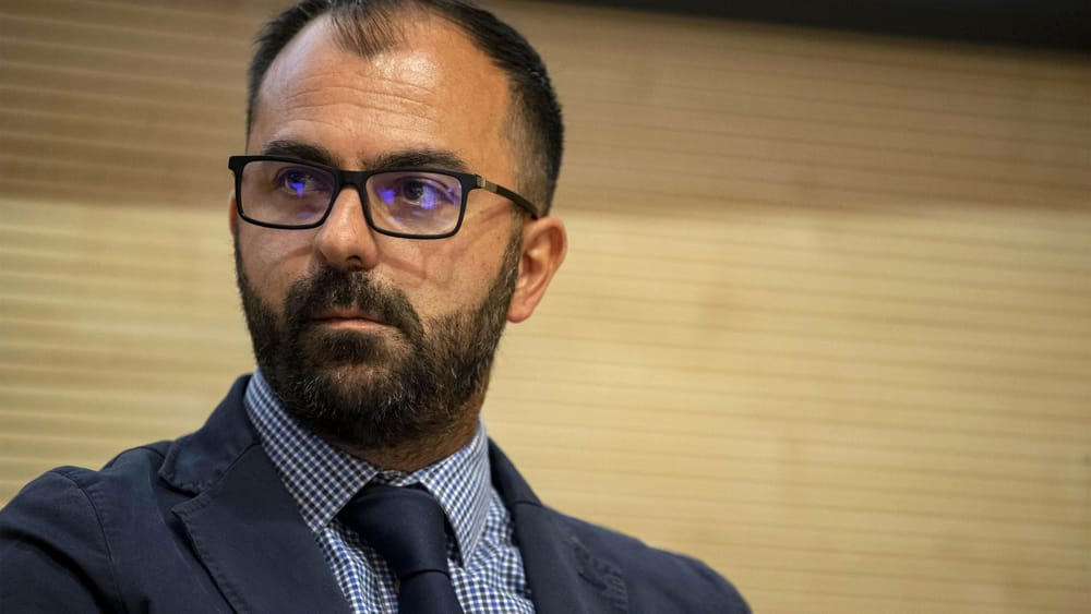 Lorenzo Fioramonti, chi è il ministro dell'Istruzione del governo M5s ...