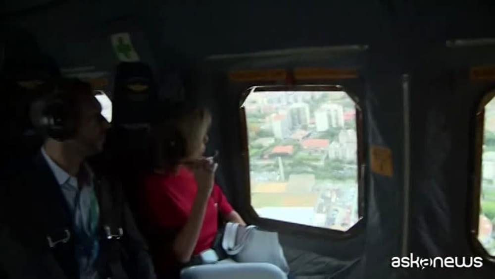 G7 a taormina per le first ladies giro in elicottero for Cabine bon ton roulet sul fiume