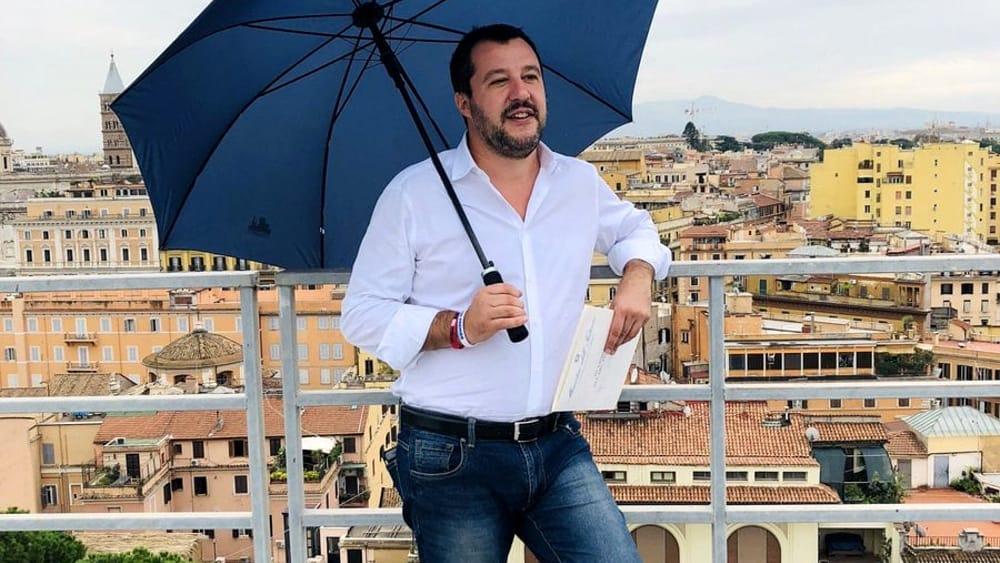 Negozi etnici chiusi alle 21? Salvini non può farlo, lo dice la legge