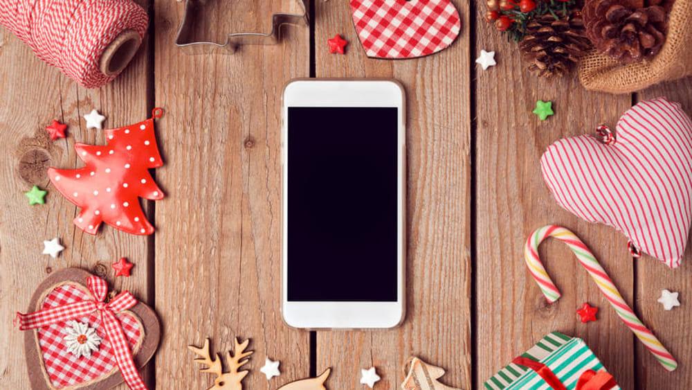 Natale 2018 5 ottimi cellulari da regalare for Elettrodomestici da regalare