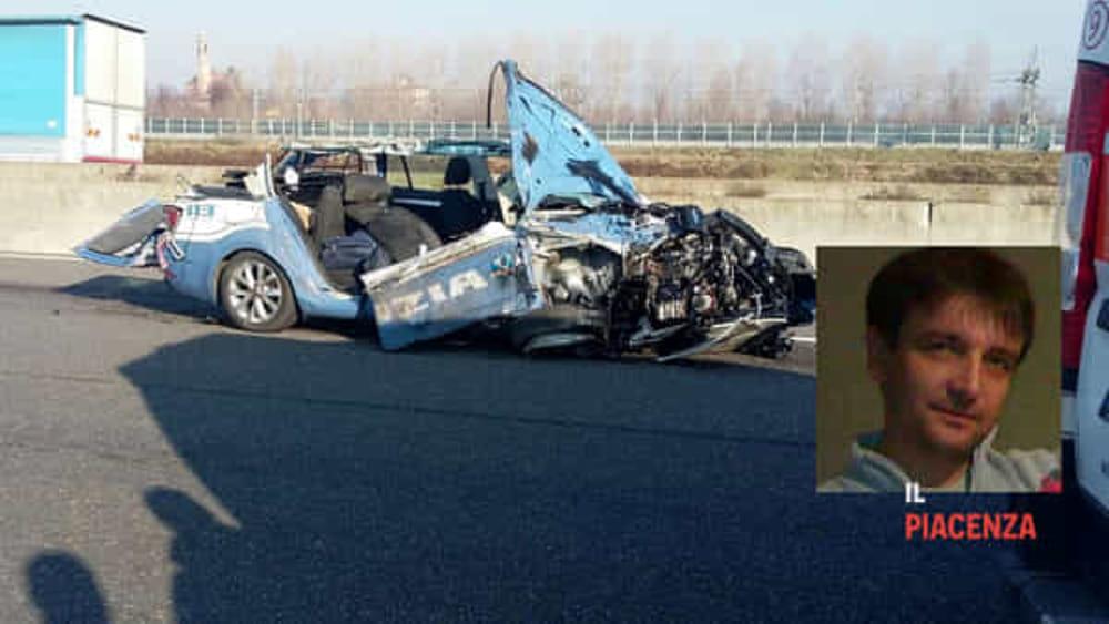 incidente autostrada a1 morto il poliziotto giuseppe beolchi. Black Bedroom Furniture Sets. Home Design Ideas