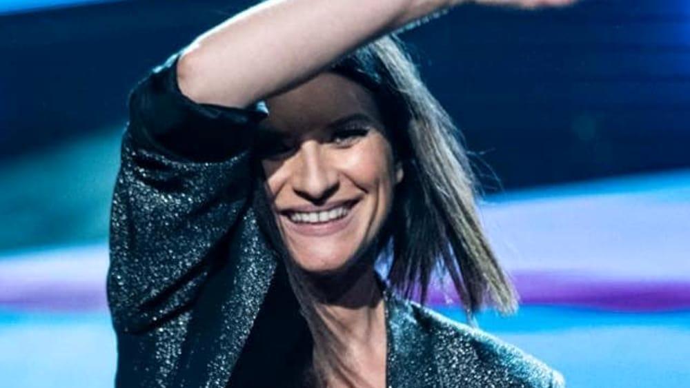 """Laura Pausini, Sfuriata Sul Palco Mentre Canta: """"Tr***"""""""