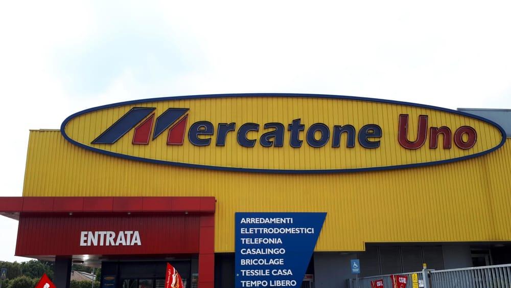 Da mercatone uno a conad auchan ci sono migliaia di for Mercatone uno lampade da esterno